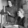 Irene_and_Marie_Curie_1925.jpg