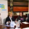 De izquierda a derecha: Cristina Mora, concejal de Educación, Cultura e Igualdad; Pilar Tigeras, vicepresidenta adjunta de Cultura Científica del CSIC; Carmen Martínez, alcaldesa de Quart de Poblet; y Jorge Molero, director de Caixabank en la localidad.