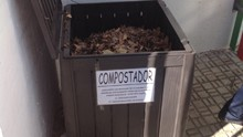 el-compostador-hasta-arriba